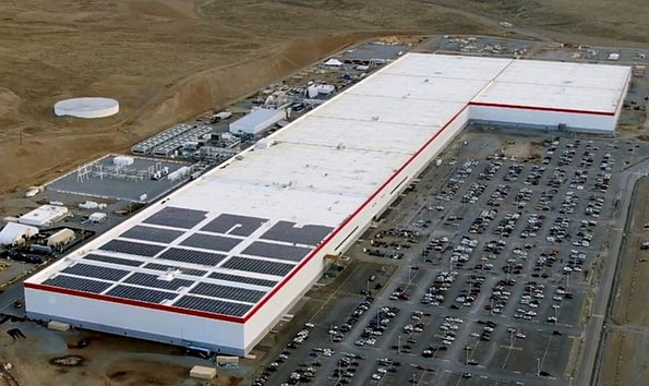 Fábrica Tesla em Nevada - Elon Musk